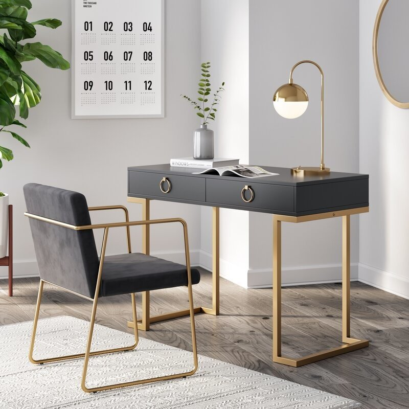 Best Small Desks for Small Homes 2021